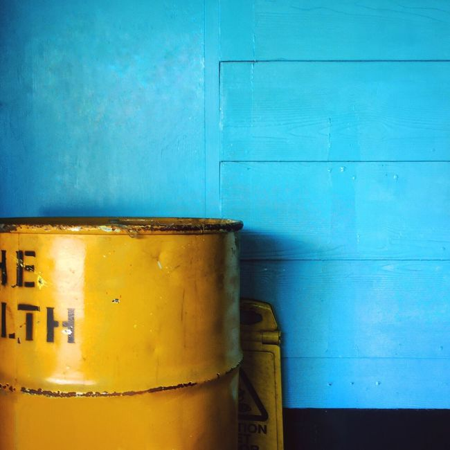Iphoneonly IPhoneography IPhone Wall Wall - Building Feature Wallfilth Paintdecay Decay Minimalist Colors Colours Colorful Building Exterior Urban Urban Geometry Geometry Streetphotography Street Photography Feature Check This Out Blue Yellow