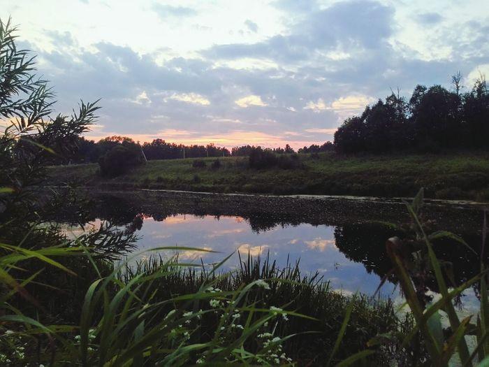 Последние деньки лета на речке. Люблю закат🌇 Summer ☀ небонастоящее Beautiful Nature Enjoying Life