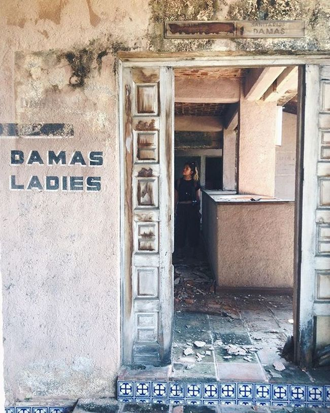 Lucky us we had to wait to get into the Parthenon and ran into abandon number 2, a hotel in ruins. Some might call it law of attraction. Travel Mexico Zihuatanejo Ruins Abandoned Urbanexploration Urbandecay VSCO