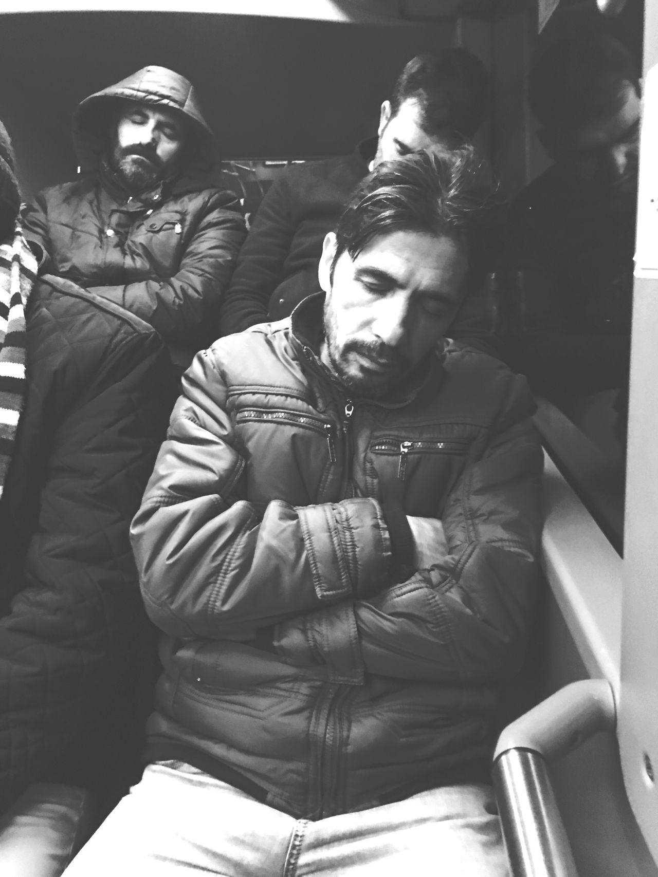 Sleepin in the bus Sleeping Sleep Bus Busstop Bus Ride Bus Stop Otobus Metrobus Dogal Natural Istanbul Istanbul Turkey Istanbuldayasam Istanbul City Istanbullovers Istanbul - Bosphorus Istanbul #turkiye Istanbul Turkiye Turkey Türkiye Passenger Art Art, Drawing, Creativity Creativity Creative
