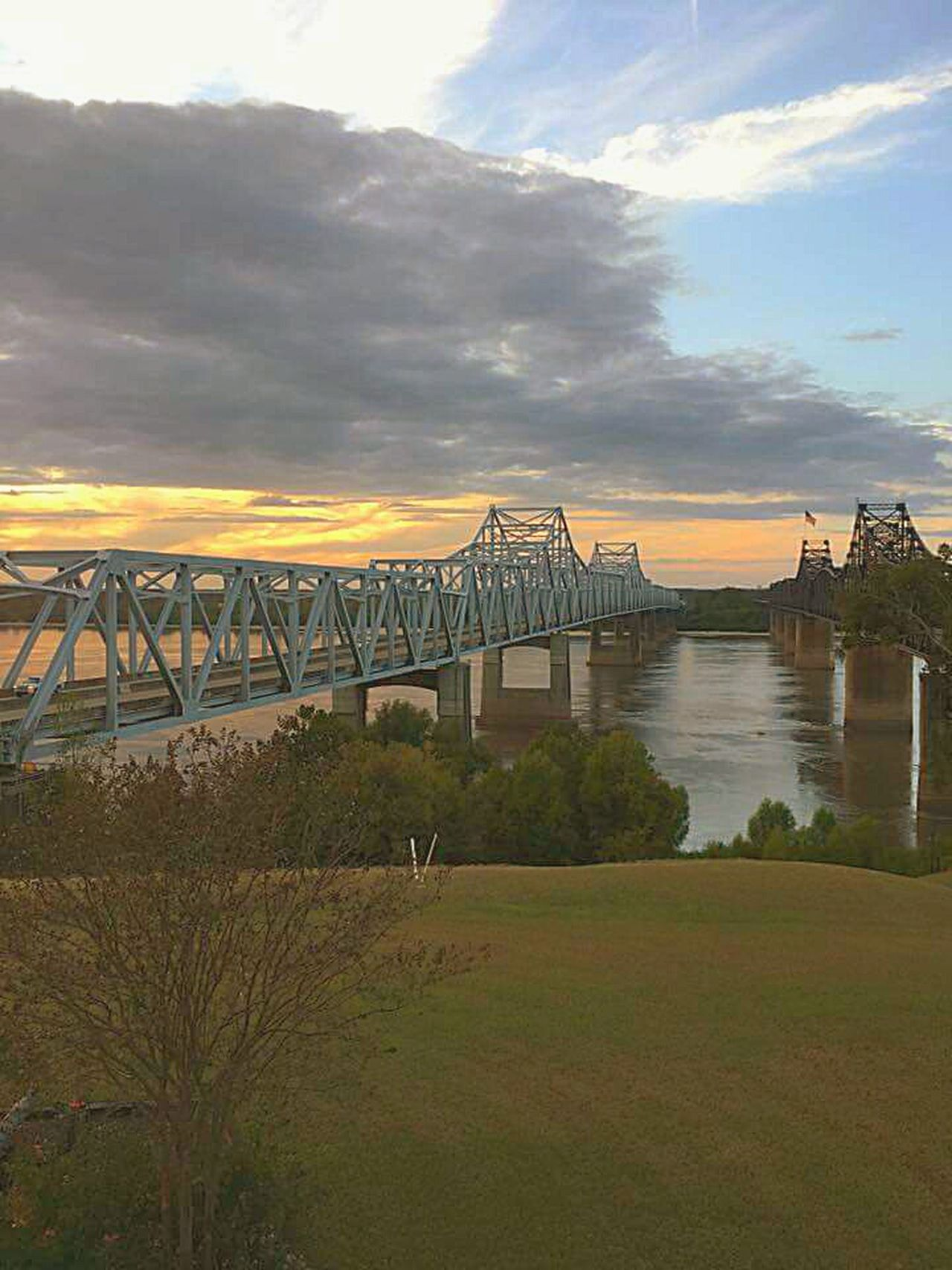 Mississippi River Bridge Architecture Sky Water Outdoors River Flowing Water Bridge - Man Made Structure Sunset Mississippi River Where I Live Landscape Travel Destinations Tourism Built Structure Old Bridge Famous Places Landmark Steel Structure  Mississippi