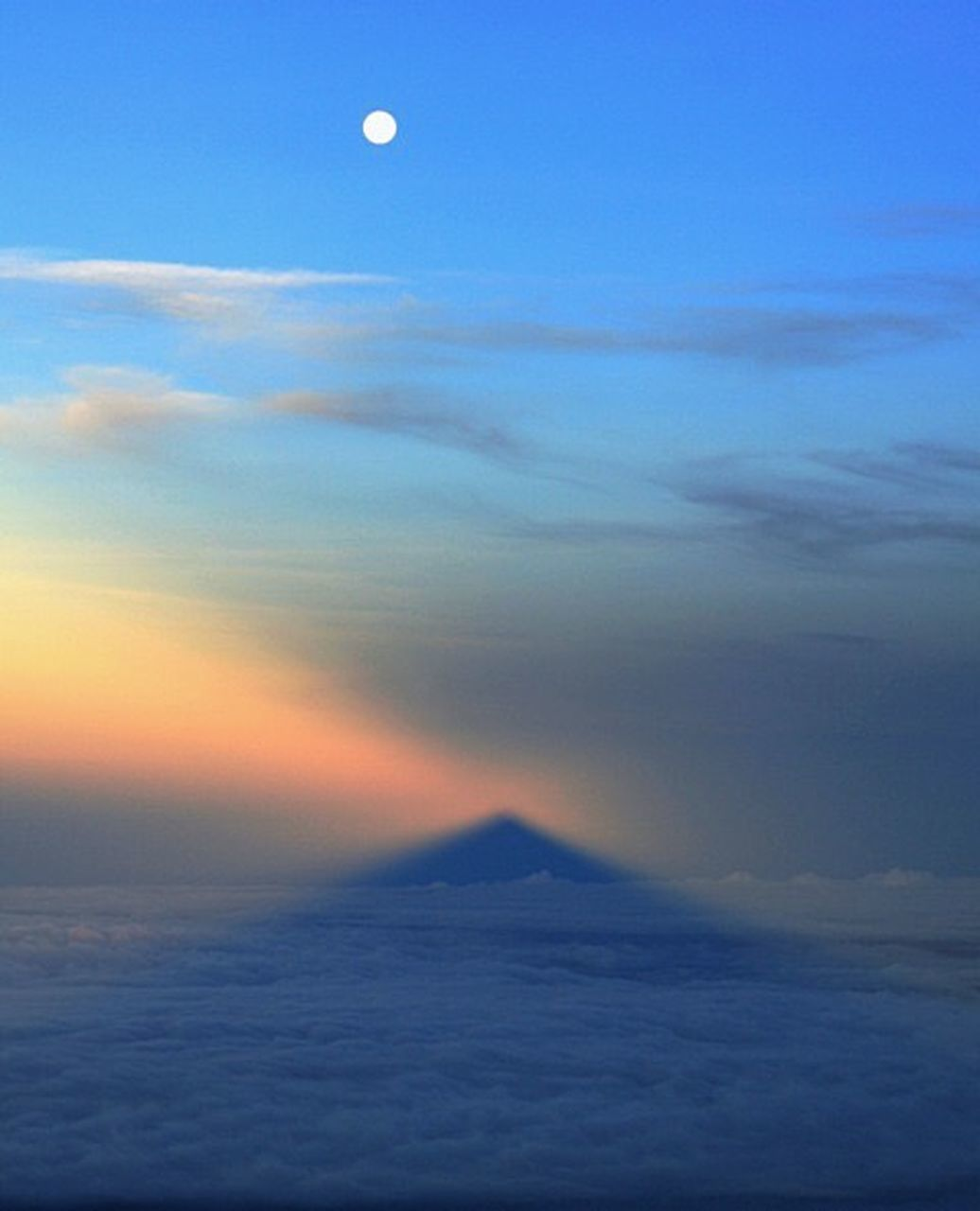 moon, nature, beauty in nature, scenics, sky, cloud - sky, tranquility, tranquil scene, sunset, outdoors, no people, sea, astronomy, landscape, space, day