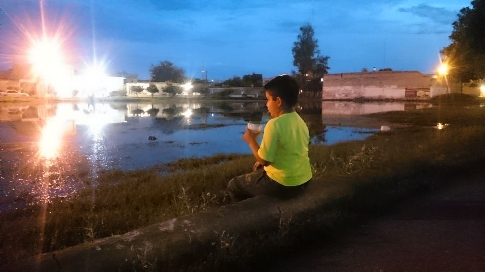 Comarca Lagunera Cloud - Sky Water Blessedandthankful Mi Hijo  My Son Mi Habib Blessed  Outdoors Blessed  Happiness Blessed  Leisure Activity Night Nigth 🌜⭐️ Nightshot