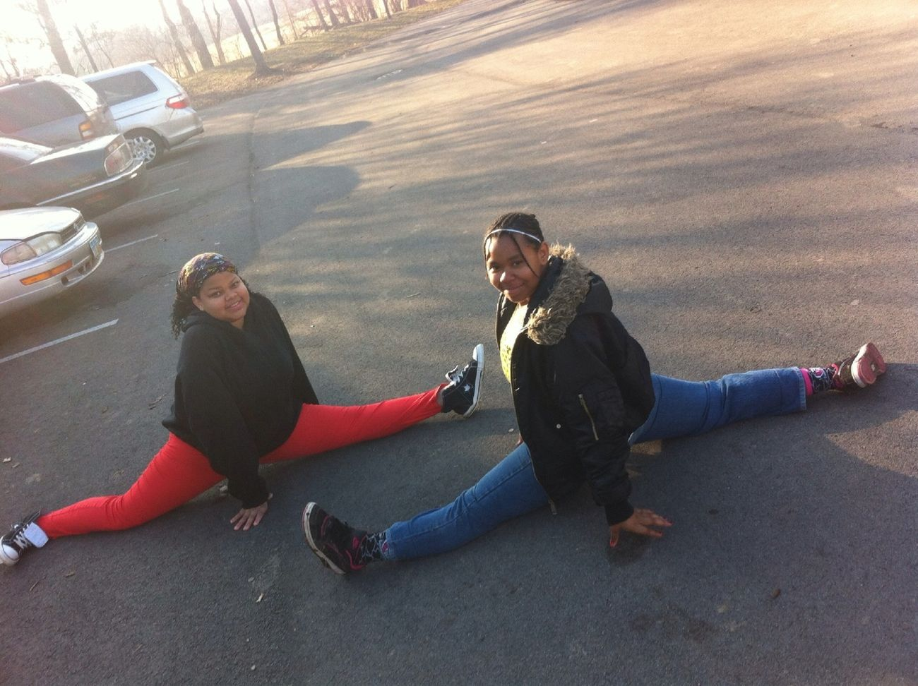 Mii And Mi Lil Youngin Doin Da Splits Lol