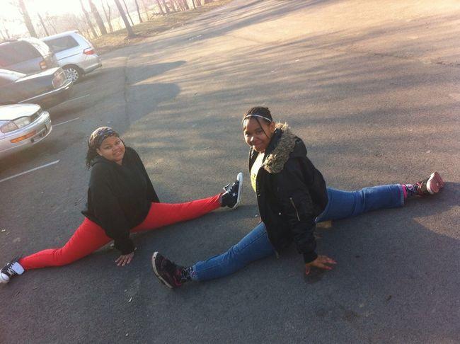 Mii And Mi Lil Youngin Doin Da Splits Lol
