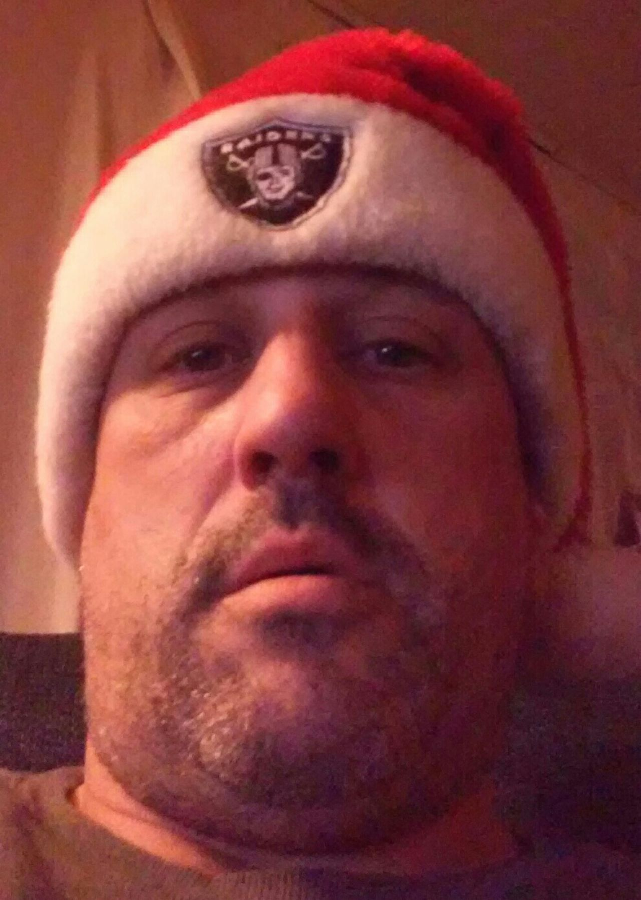 Santaclaus Santa Hat Oakland Raiders Christmastime yes santa loves the raiders too!!! Selfie That's Me