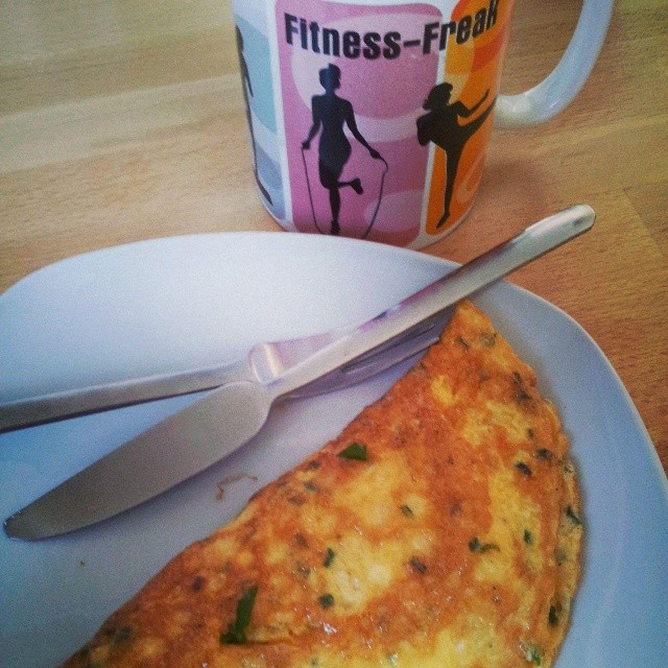FR ühstück Omelett von meinem Schatz gemacht dazu Kaffee in meiner lieblingstasse fitnessfreak