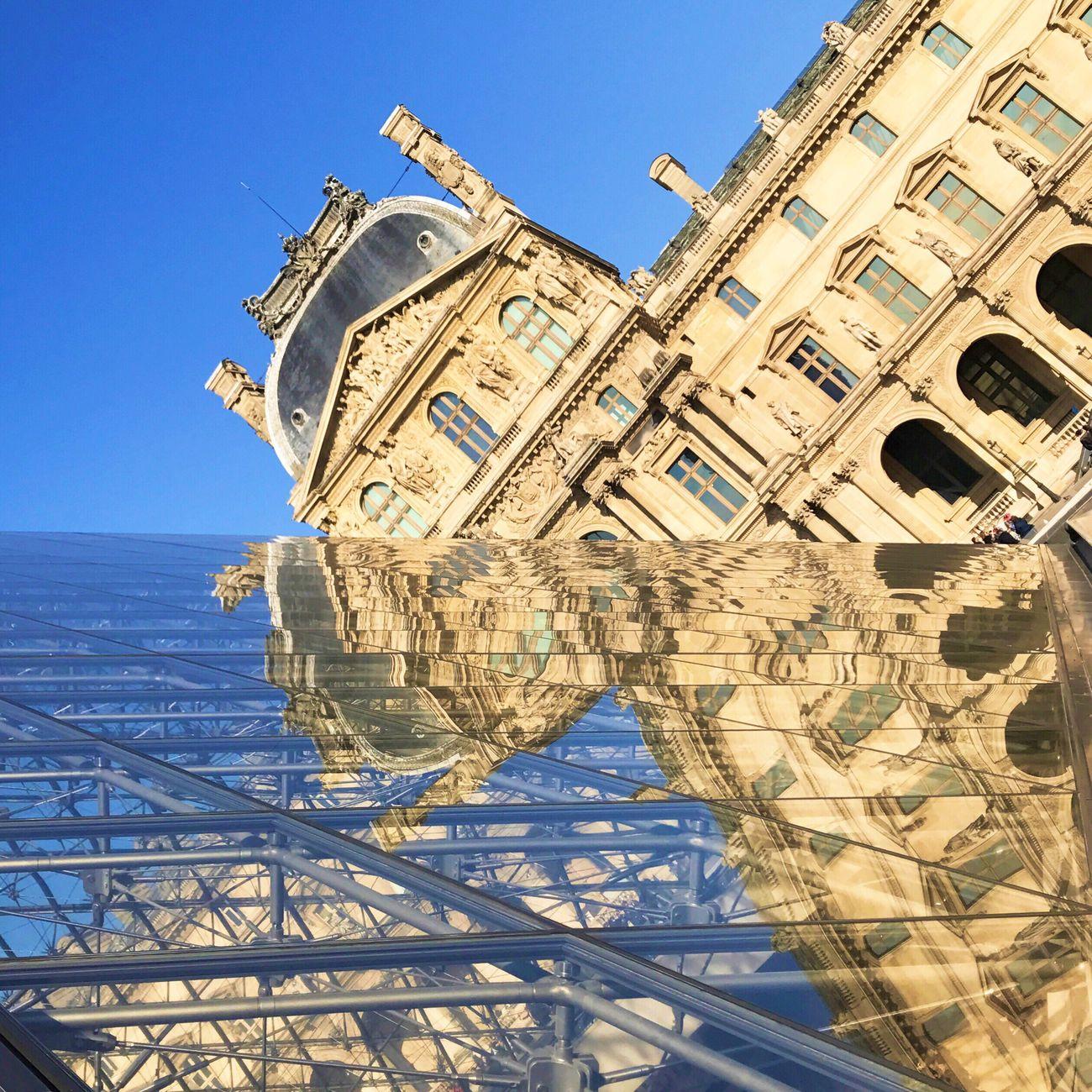 Blue skies! Bonsoir Paris! Architecture Clear Sky Travel Destinations Louvre Parisweloveyou Photooftheday Paris EyeEm Best Shots Clear Sky Eyem Best Shot - Architecture Architecture