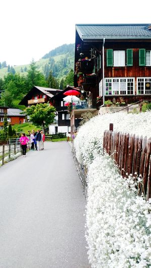 Enjoying Life Switzerland Hanging Out Small Town Village Check This Out Relaxing Swiss Alps Exploring