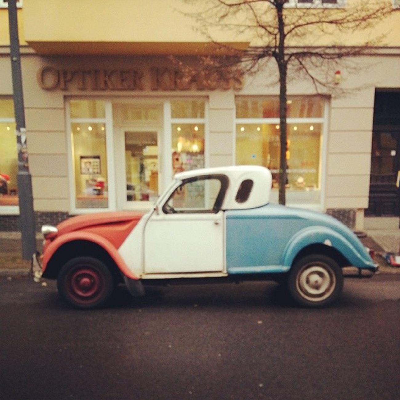 :) Altekarrenbattle Oldtimer Berlin
