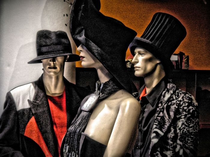 It's time to wear a hat Mannequins Mannequin Fashion Hats Store Decor Fashion Photography Storephotography Store Window Storewindow Decoration Storewindow