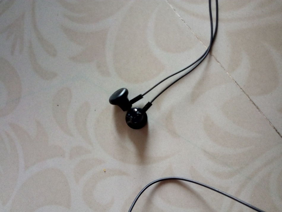 Heyyyy,Music Brings Us Together Two Is Better Than One Designer Tiles Infocus Earphones New Earphones Black Earphones Skin Tiles But Still A Lot To See In Nagpur,India