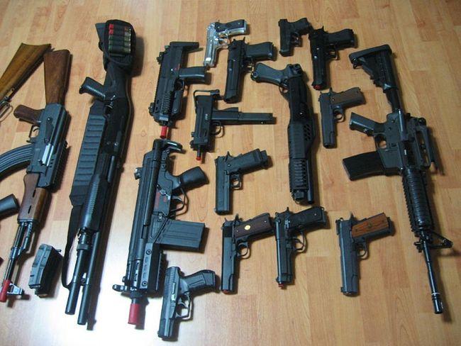 Katiel Khalif Guns Mafia  Automat Pistols