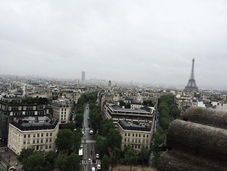 View from the top of Arc du Triomphe Top Of The World Arcduthriompe Parigi Paris City Trip
