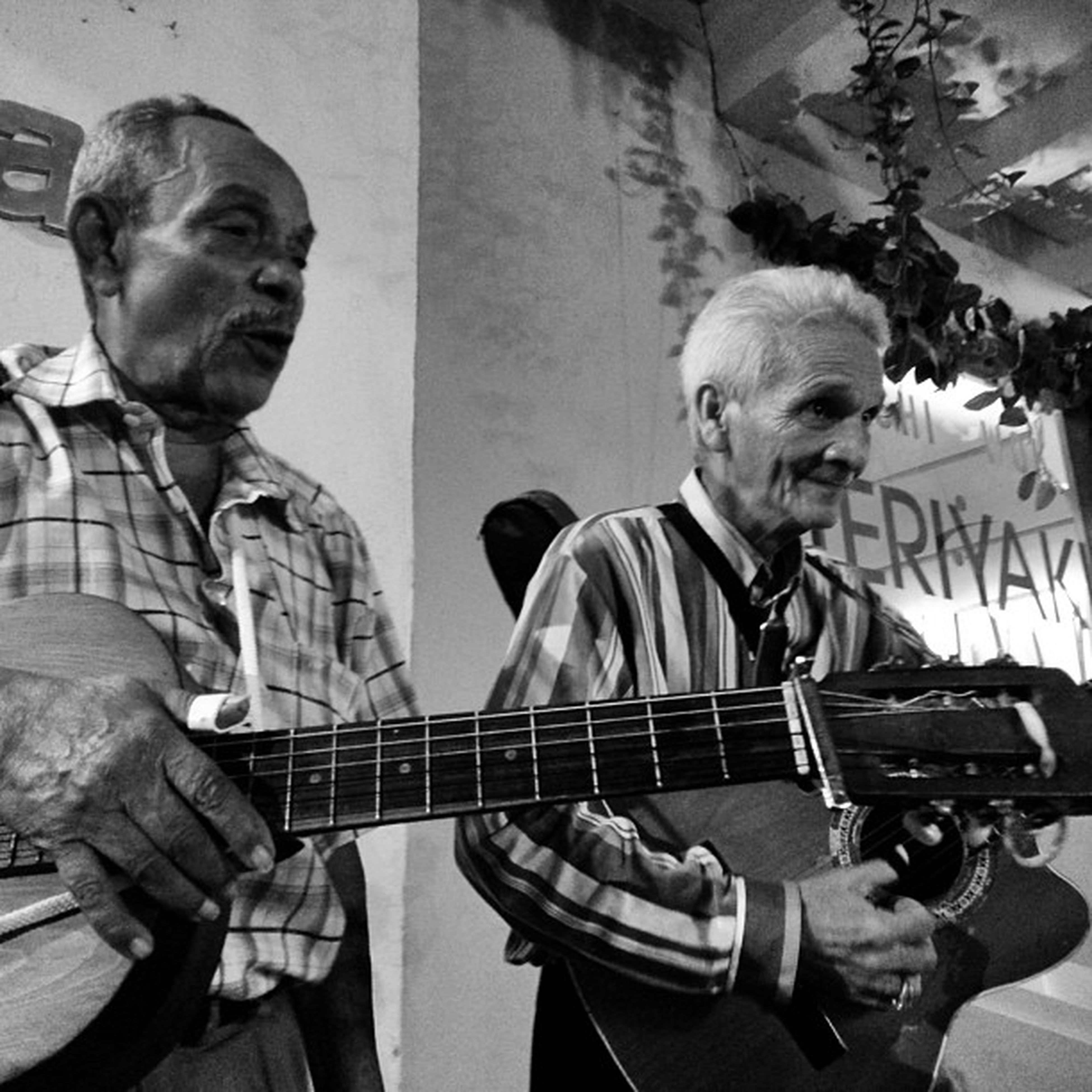 La musica Plazasandiego Cartagenadeindias Colombia