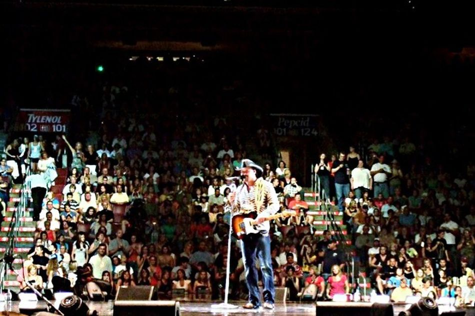 Tim McGraw❤ McGraw Fan 2008 Philly Hershey Concert Photography ❤️❤️❤️💋💋💋💋❤️❤️❤️ Number 1 Fan Concert Photos
