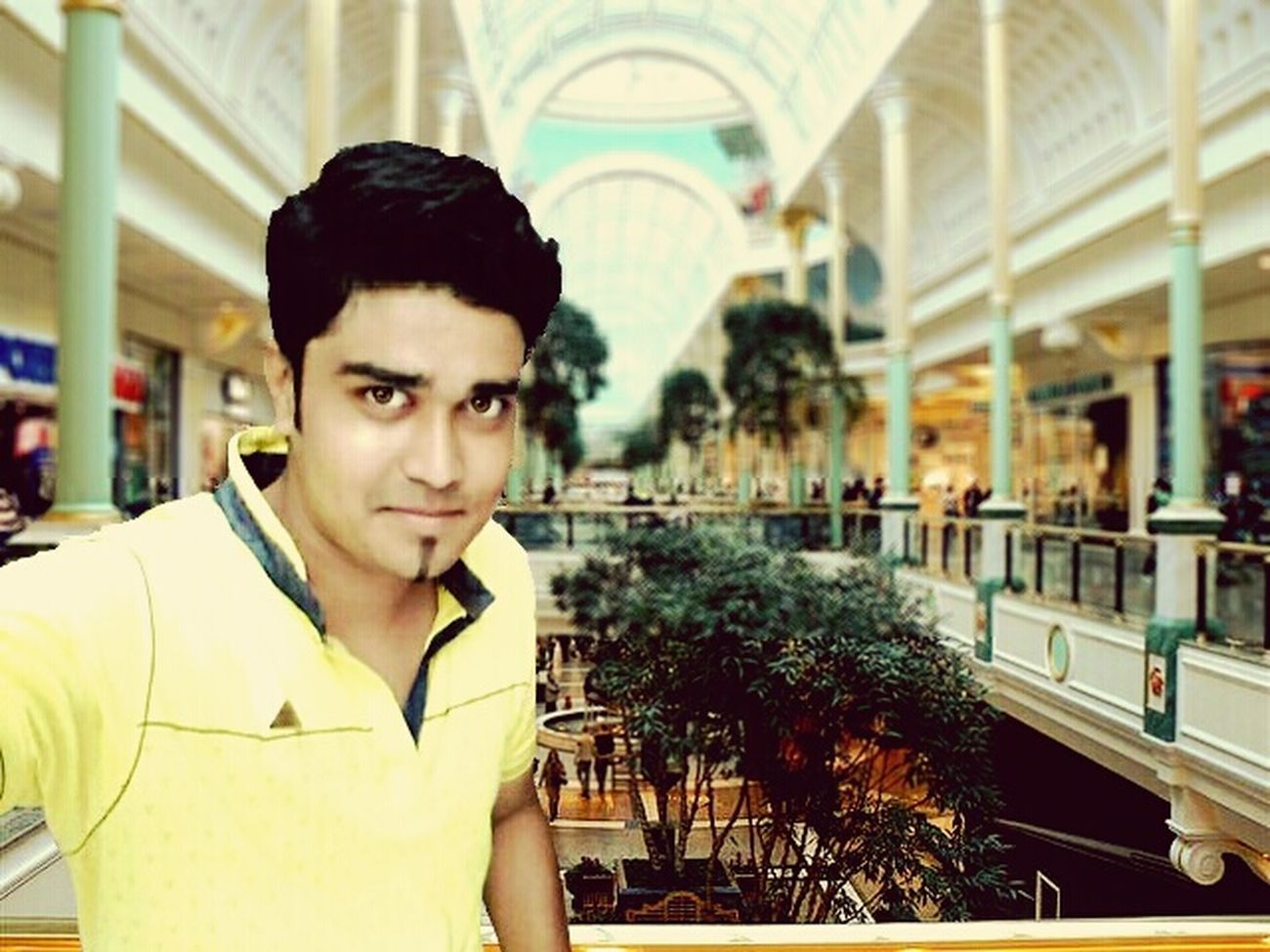 Shopping Mall Shopping ♡ He's Handsome Men Cool Vवेक Editography Lovely Handsome The Traveler - 2015 EyeEm Awards Instamood