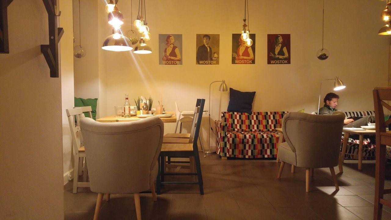 Cafe Restaurant Interior Design Building Exterior Lights And Shadows Comfy  Cozy Inside Furniture Design