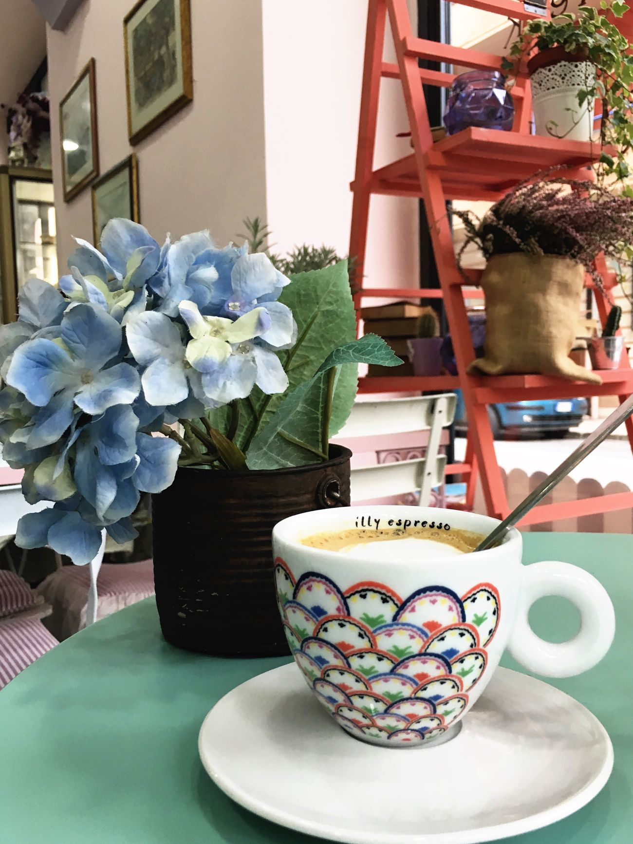 Table Flower Indoors  No People Nature Freshness Fragility Day Dessert Food Food And Drink Indoors  Appetizer Drink Sweet Food Ginseng Coffee Tumblr