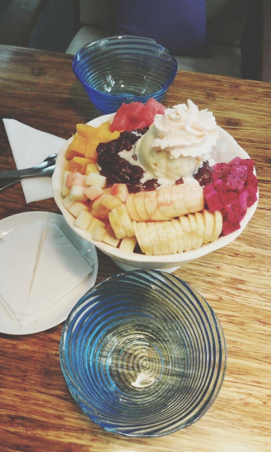 eating ice cream in Korean style Eating Ice Cream