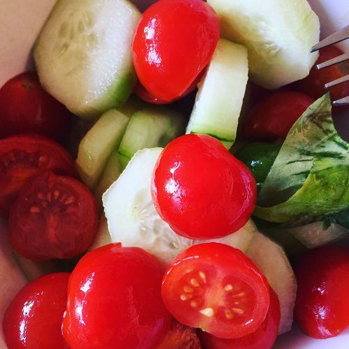 Italian Food Summertime summerfood Summerfood Tomatoes Basilico Cucumbers Oil Of Olives Healthy Eating Healtyfoods