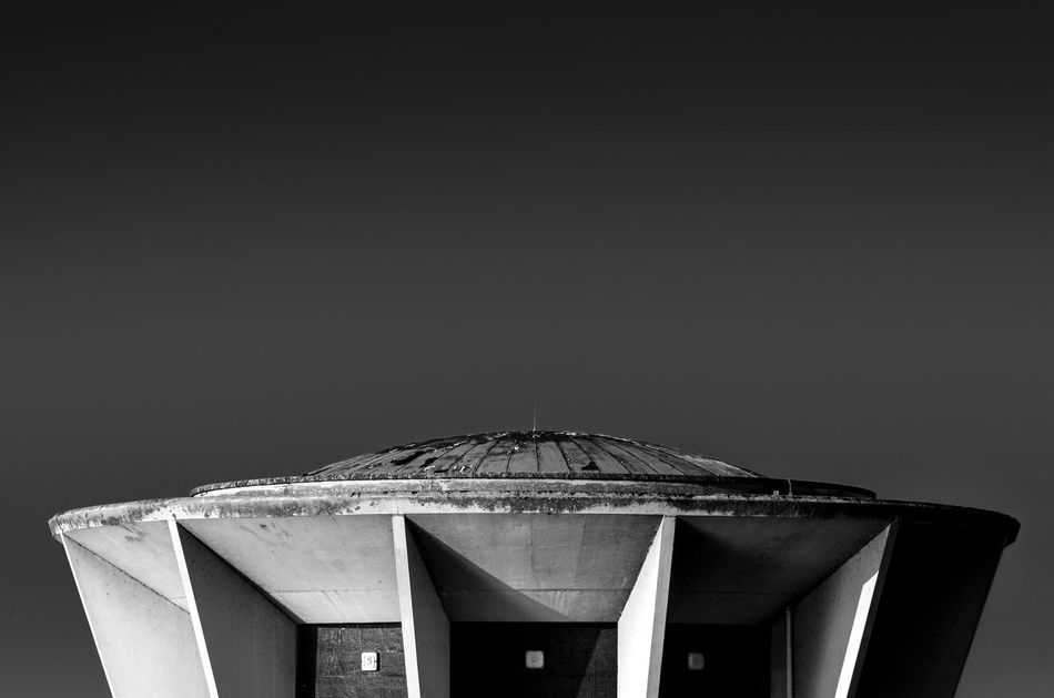 Minimalism Minimalobsession Minimal Outdoors Blackandwhite Blackandwhite Photography Bnw Architecture Architecture_bw Light And Shadow Building Exterior Black & White Black And White Shadow Shadows Shades Of Grey Architecturelovers Grafhamwater Contrast High Contrast