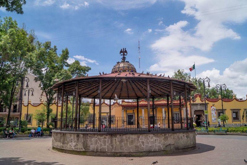 Coyoacán Kiosco  Bello Mexico