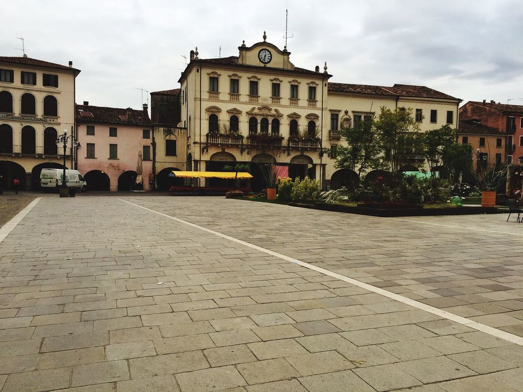 Today rainy day at Este Italy Beautiful Nature Taking Photos Visiting The City Bad Weather Having A Good Time The Place I'm Now Holidays With Friends Hello World