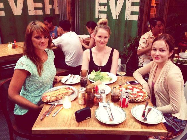 Dinner Pizza Robertas