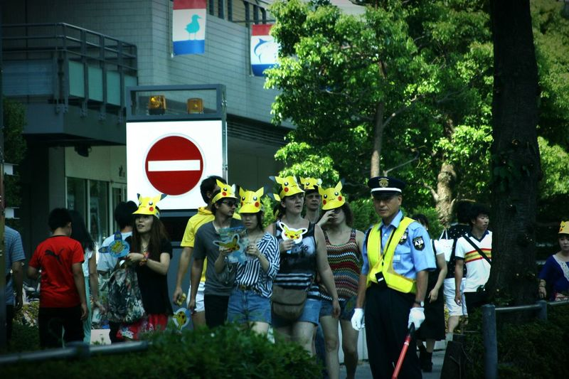 ピカチュウ大人気!通りがかりの大人も子供もみんなピカチュウ😊 Taking Photos Enjoy Life Holidays ポケモン ピカチュウ祭り みなとみらい Yokohama 赤レンガ倉庫