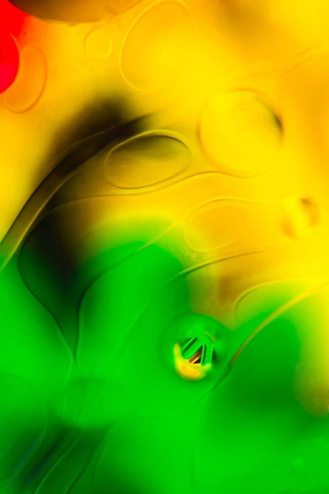 Abstract Art Art Product ArtWork Background Blackandwhite Bright Color Bubble Close-up Extreme Close Up Fragility Full Frame Green Green Color Multi Colored No People Oi Oil Oil Painting Photograph Texture Textured  Vibrant Color Yellow