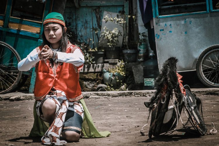 the art of Java Island INDONESIA Indonesia_photography Java Island Traditional Cultures Colours World Centra Java Arts Culture And Entertainment History Cultural Heritage Heritage Real People Lifestyles Outdoors Day Built Structure Young Women People Young Adult Architecture