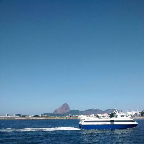 Riodejaneiro Barcas Mountain Sol