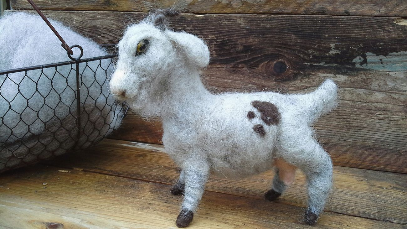 Goat Farm Life Fiber Arts Needlefelting Handcraft