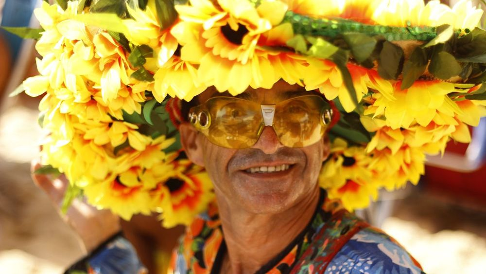 Vendendor de salada de frutas | Ipanema Rio de Janeiro Headshot Outdoors Looking At Camera Close-up Portrait Lifestyles Human Face Only Men Adults Only Front View Human Body Part Smiling Day Flower One Man Only Adult Nature One Person People Young Adult