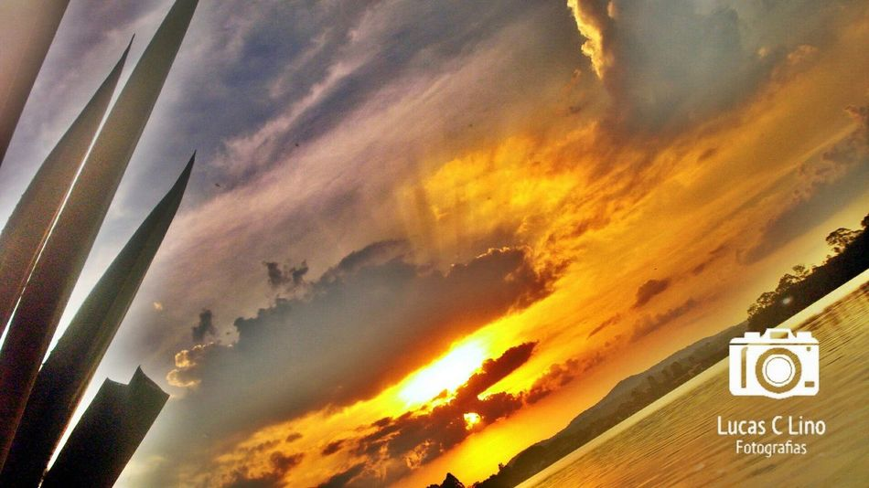 Me dê a luz para brilhar Jesus! Sunset No People Beauty In Nature Outdoors Dramatic Sky Sky Cloud - Sky Nature Tree Close-up Day 📷❤😄