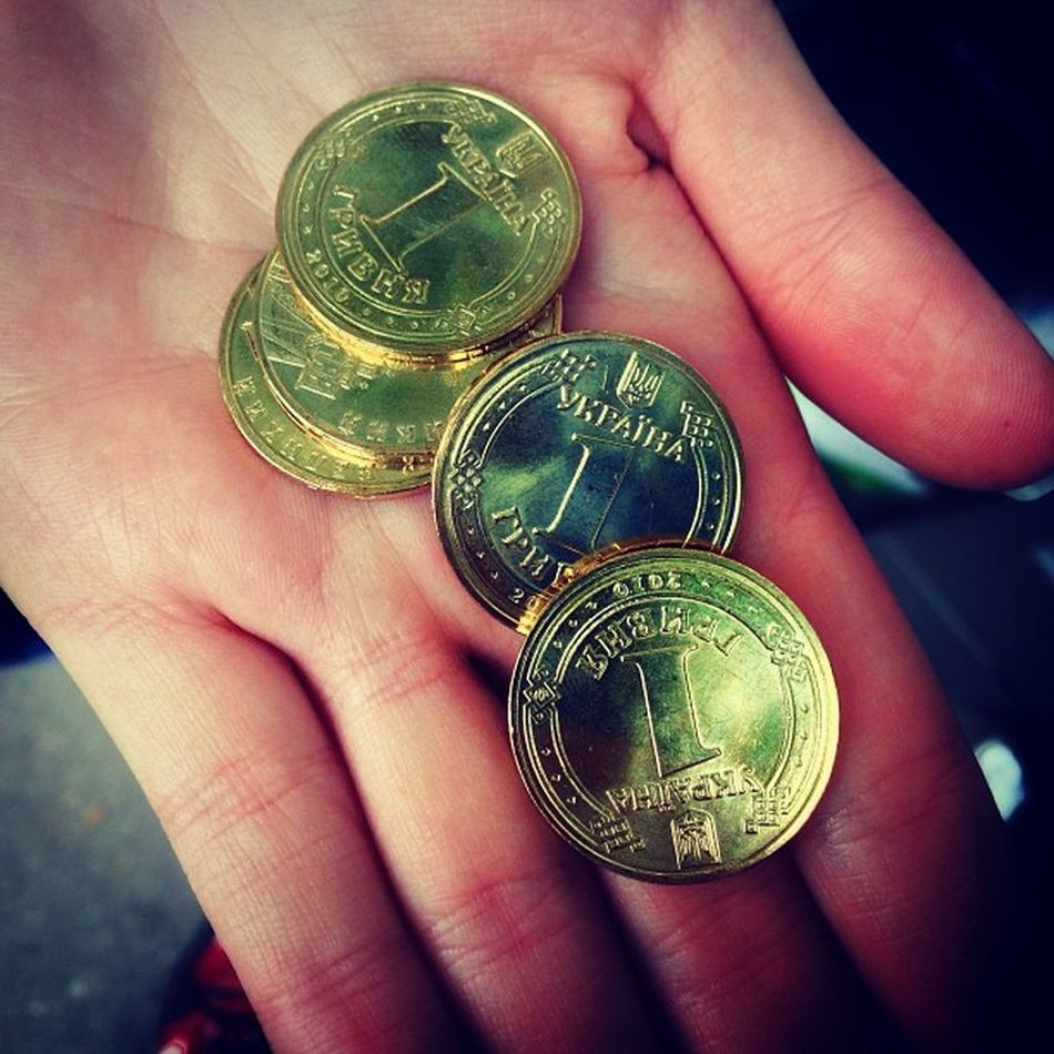#gold #coin #монеты #гривны #копейки HRD_pics монеты Beautiful Киев HDR Real_ukraine Ukraine_art Gold инстаграм_порусски Amazing Insta_kyiv Kiev айфонография Iphoneonly Photooftheday копейки Iphonesia гривны Ukraine Coin Photooftheweek украина