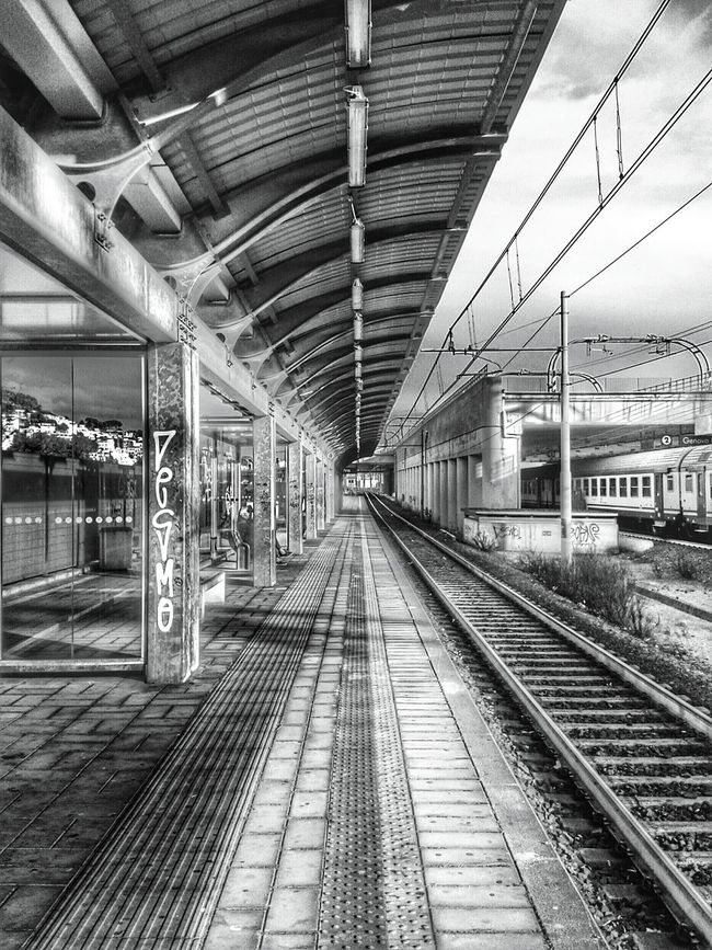 """""""Chi si ricorda le Convergenze Parallele? """". It might be cryptic for non italian but in Italy we have Parallel Convergence... / Railway Track Train Lines Perspective Prospettiva Punto Di Fuga Vanishing Point Mobile Photography S3mini / Hdr Edit ---> B&w / Bianco E Nero /got something like a Cartoon / Showcase : February"""