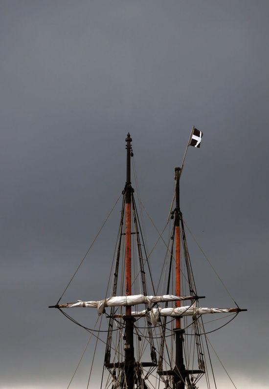 3XPSUnity Charlestown, Cornwall, UK Cornish Flag Cornwall Cornwall Uk Day Grey Skies Ladyphotographerofthemonth Low Angle View Mast Mode Of Transport Nautical Vessel No People Outdoors Sailing Ship Sky Tall Ship Transportation