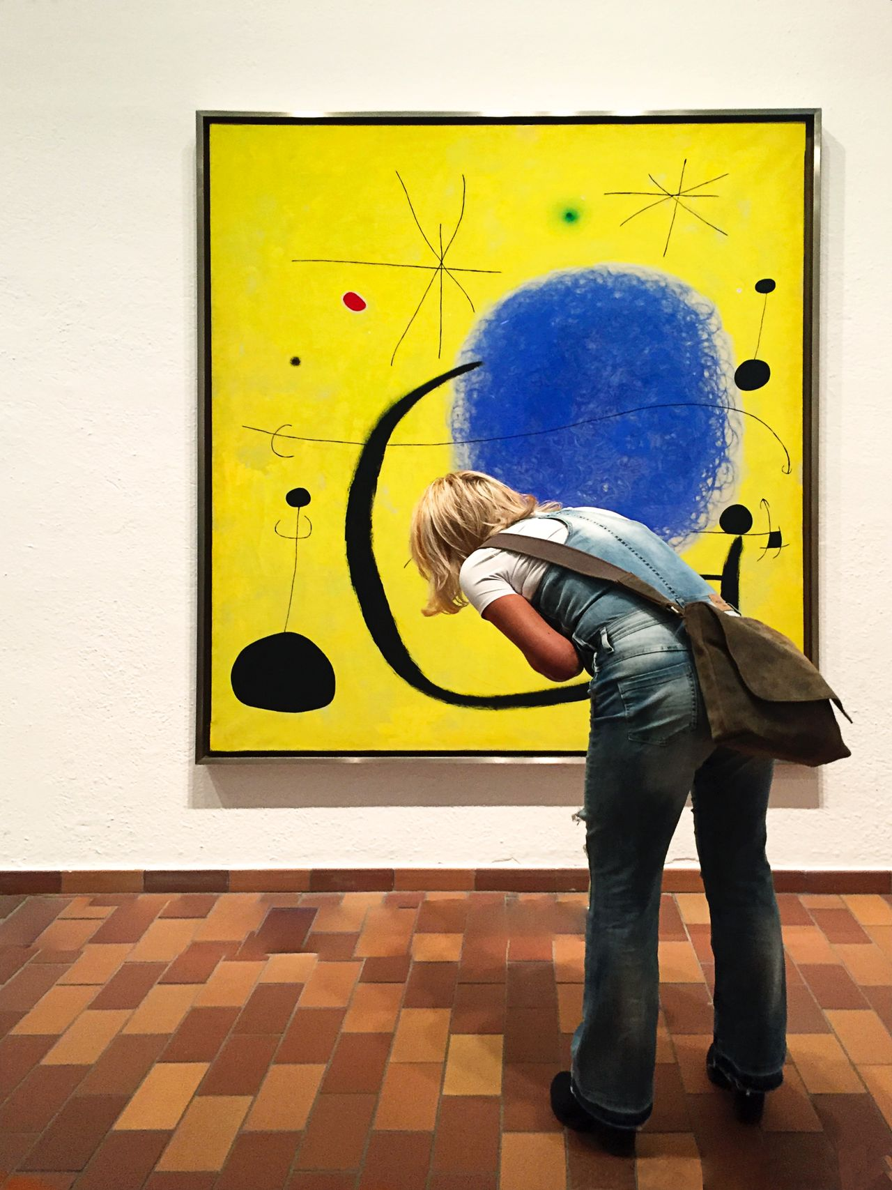 76 / 365 Artwatchers Artwatchers_united Contrasting Colors FundationLouisVoitton Indoors  Leisure Activity Miró  One Person Rear View Travel Destinations Travel Photography
