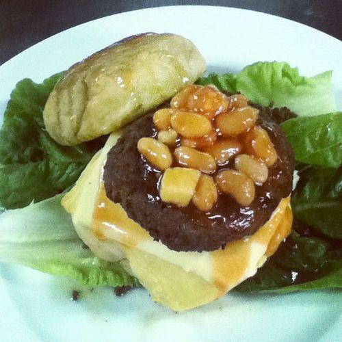 highlandaze. quarter pounder two cheese w/ beans and vanilla glaze Leandough Richdough ExamWeek ForMyProyekto