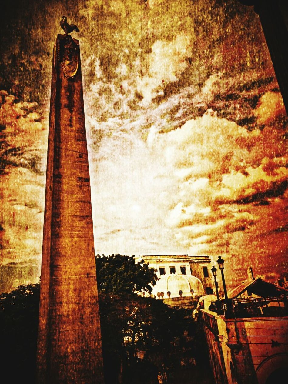 Architecture Built Structure Wet Plate Photography Wet Plate Cloud - Sky Sky Sunlight Black And White Photography Eye4black&white  Streetphotography Blackandwhite Eyem Best Shots Scenics Panamá Bygonedays Bygone Times Bygone Nostagia Dramatic Sky Sepia