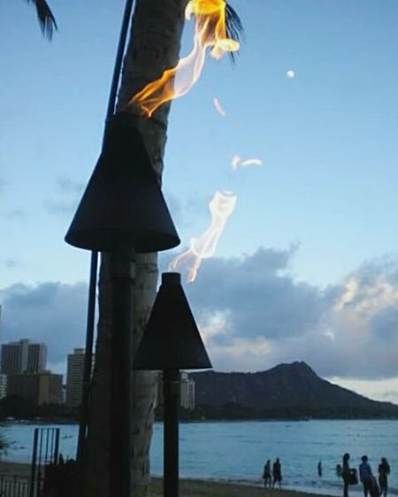 Sunset when youre not looking at the sunset Hawaii Hawaii Sunset Waikiki Beach Waikiki Sunset Waikiki Live For The Story