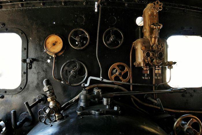 Locomotive d'un Train à Vapeur à Martel - Indoors  Metal No People Close-up Train Old Train Steam Train Mecanic Steam Locomotive Steam Engine