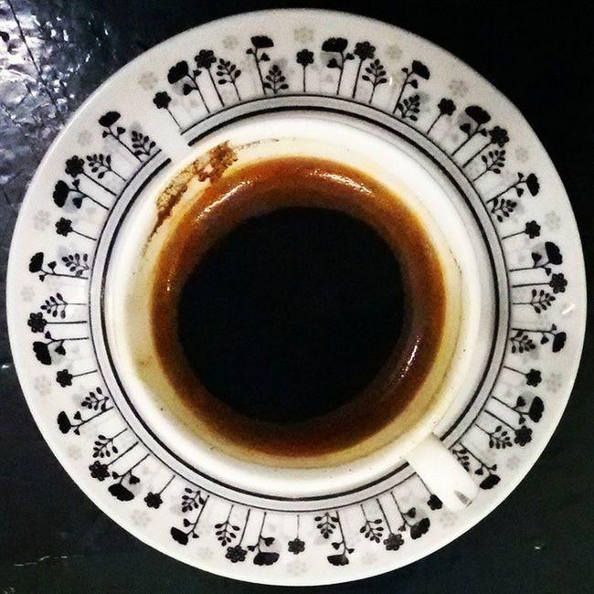 Coffee Cafe Tunisia IgersTunisia Carthagina أحكيلي فن التذوق يبتدأ برشفة على مهل :)