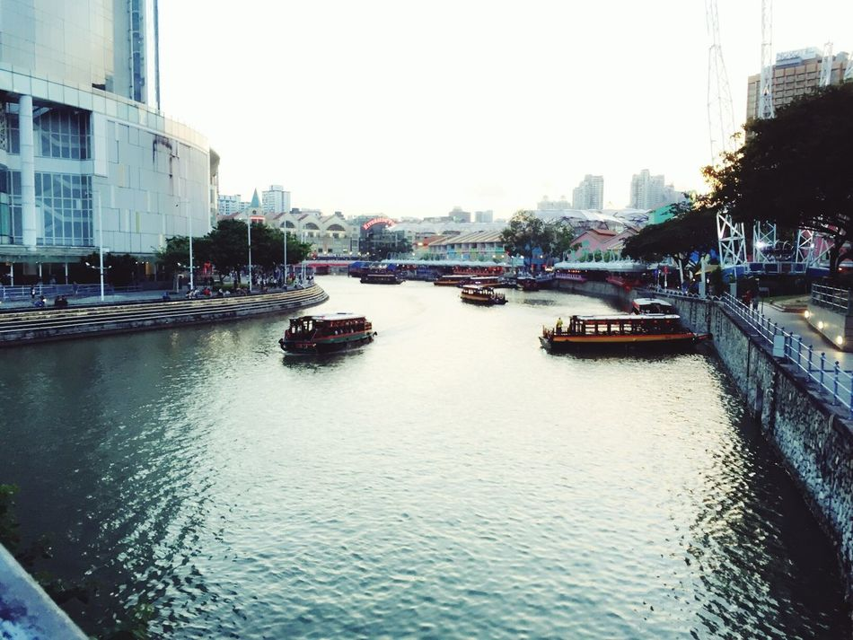 Summertime Have Fun Clarke Quay Singapore Boats⛵️ Boating Riverside Feel The Nature Feel The Moment Feel The Journey Tour Singapore Tourist Journey