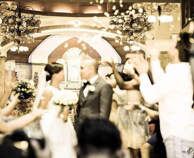 POD 2/366: Artistically blurred. XA1 Fujifilmph Fujifilm Macro 500px Wedding Bride Groom @500px