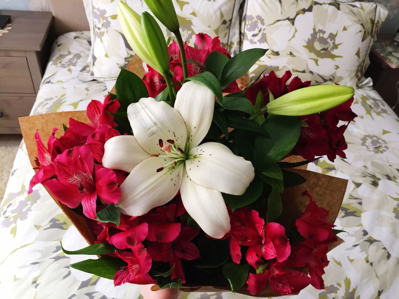 Flower Blossom No People Bouquet Indoors  Flower Head Lilies In Bloom Lilies Flower Bouquet  Pink And White Flower
