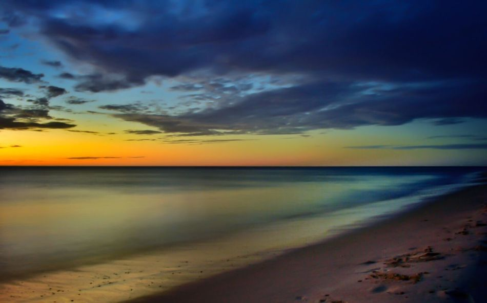 Sea Sunset Beach Scenics Nature Beauty In Nature Sky Horizon Over Water Water Tranquil Scene Tranquility Idyllic Cloud - Sky No People Sand Shore Dramatic Sky Outdoors