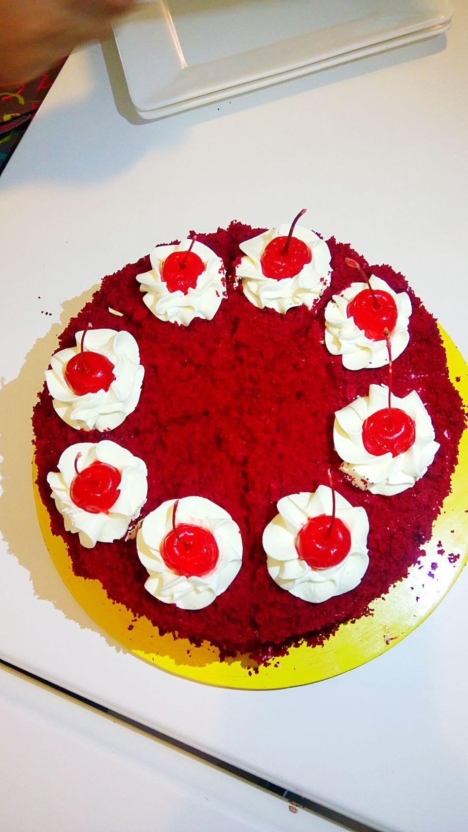 Red Velvet Cake yuuum! :) Happy Kiddo :)